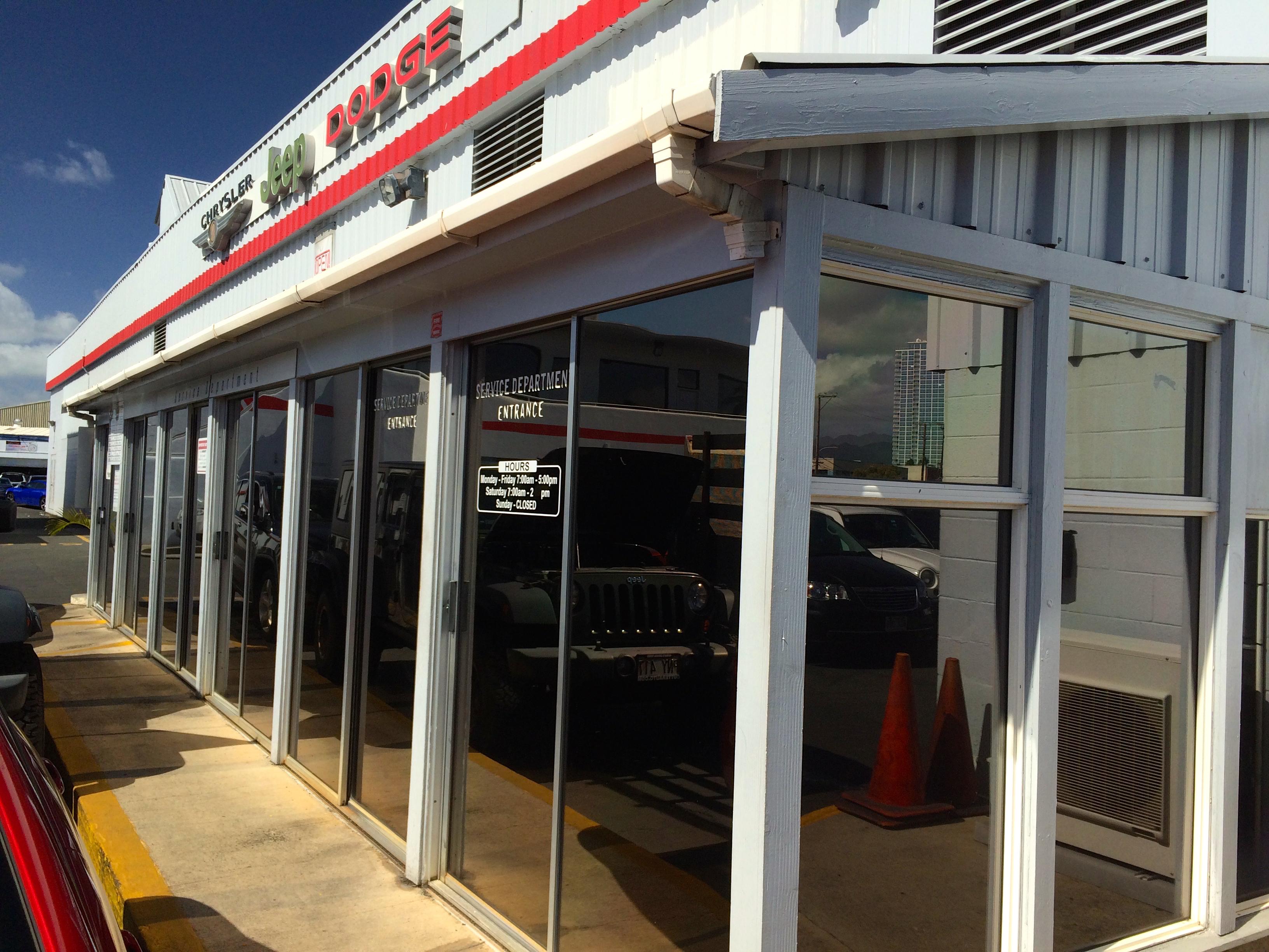Cutter CDJR Dealership in Honolulu, HI