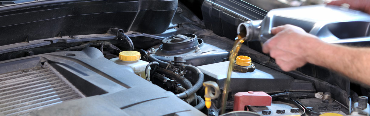 Oil Change and Filter Services for Nissan Vehicles