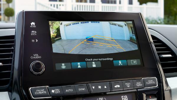 2018 Honda Odyssey backup camera