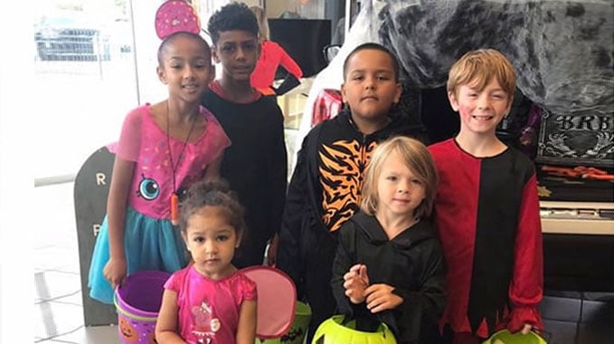 Halloween Trunk or Treat and Kid Safety