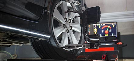 4-WHEEL & 2-WHEEL ALIGNMENT