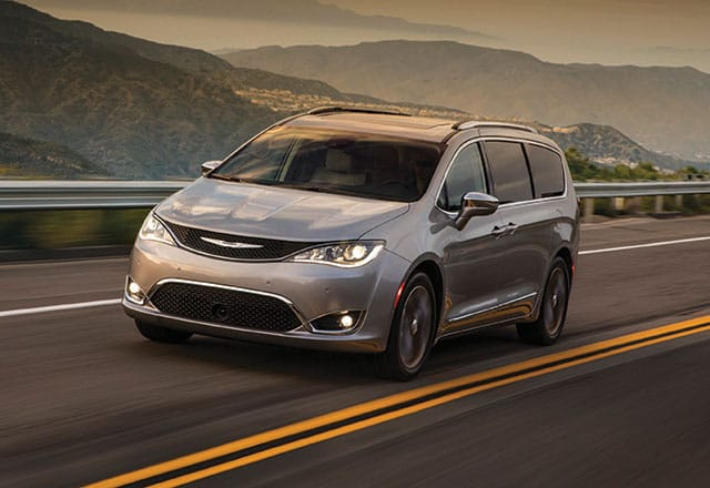 2018 Chrysler Pacifica on the open road