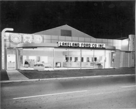 Lakeland Ford 1949 - Nighttime photograph