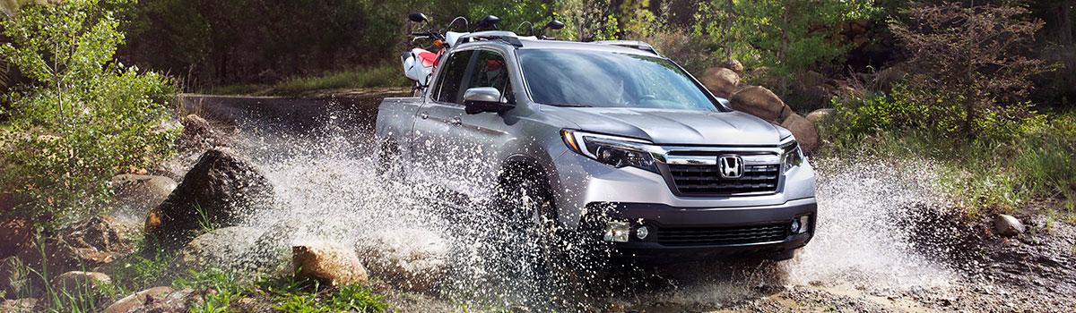 2019 Honda Ridgeline driving through water
