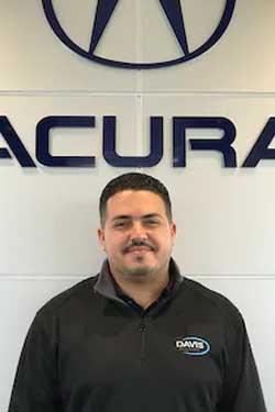 Mario  Echevarria Bio Image
