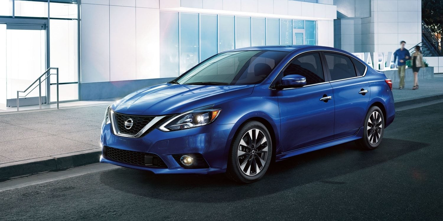 Research 2019 Nissan Sentra near Tampa Bay FL