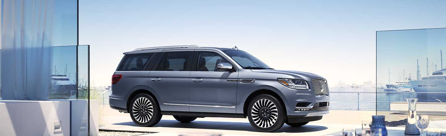 Schedule A Test Drive Of The New 2019 Lincoln Black Label Navigator