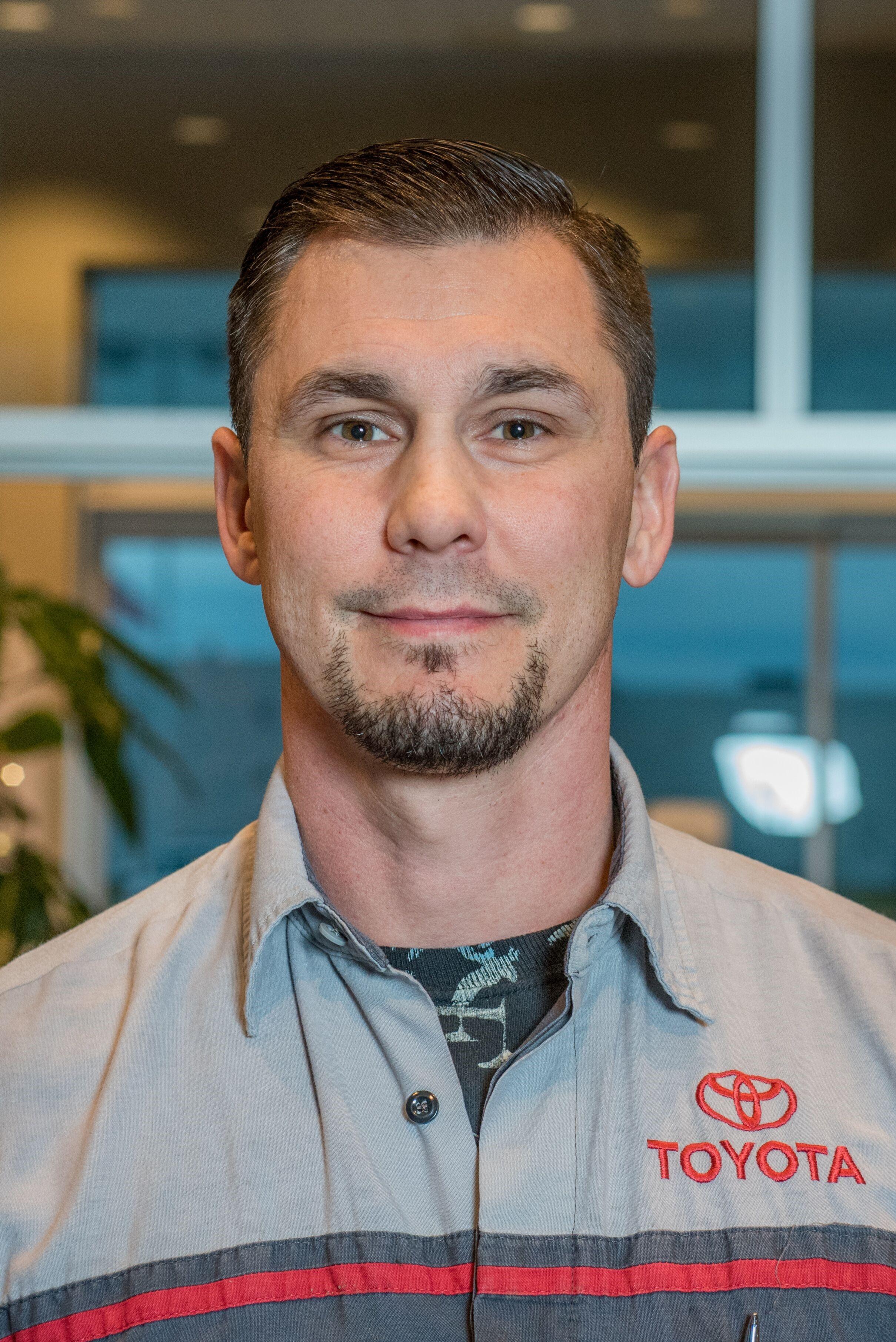 Daniel Burr Bio Image