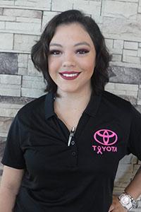 Sara Espinoza Bio Image