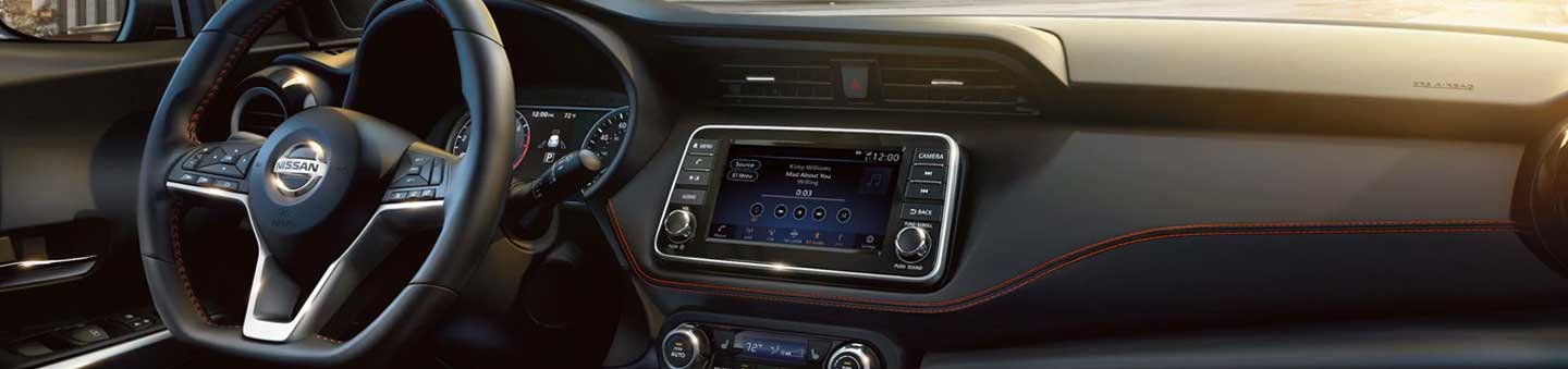 What Features and Apps Come With NissanConnect®