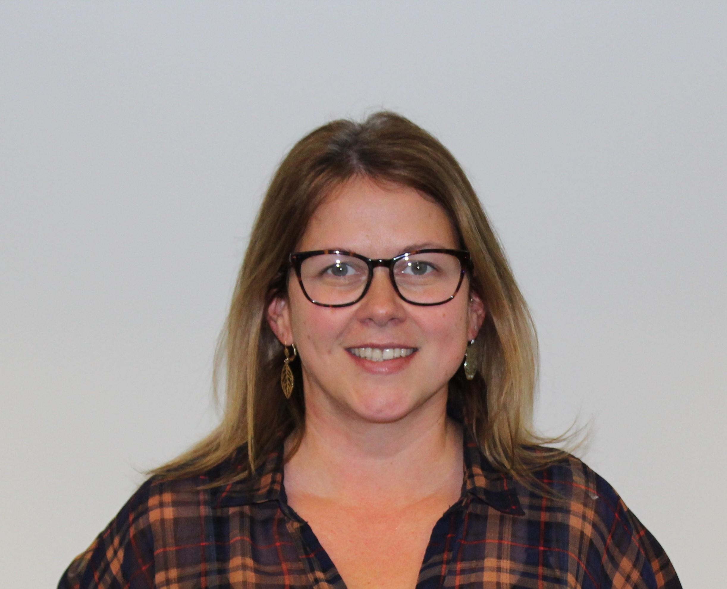 Laura Hawkins Bio Image