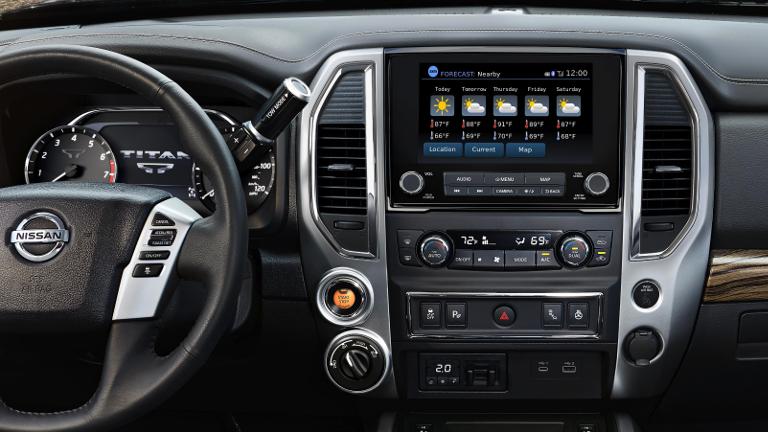 2020 Nissan Titan infotainment