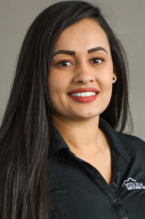 Melissa  Persaud  Bio Image