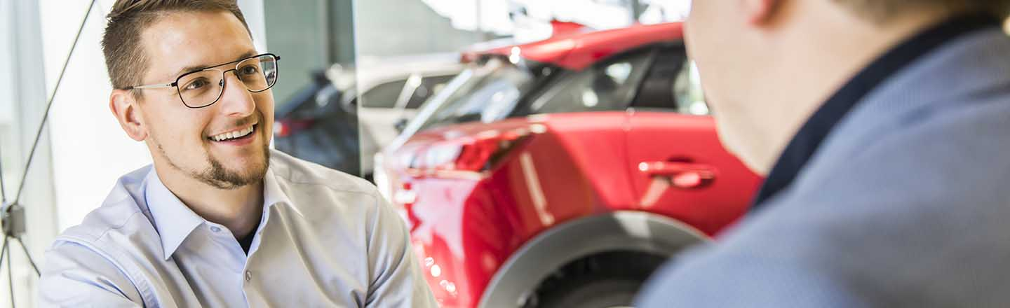 Auto Finance Center In Tomball, Texas, Assisting Conroe Car Shoppers