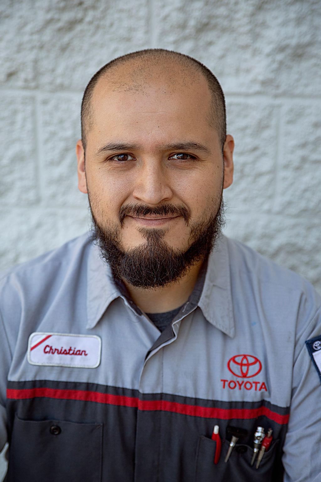Christian Flores Bio Image