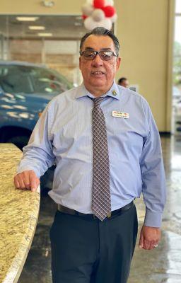 Julio Navarro Bio Image