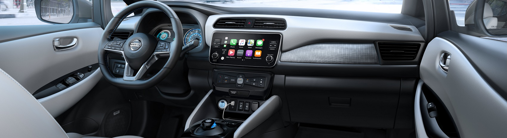 2020 Nissan LEAF Apple CarPlay® Technology