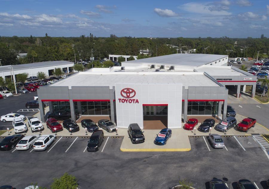 toyota of sarasota dealership photo