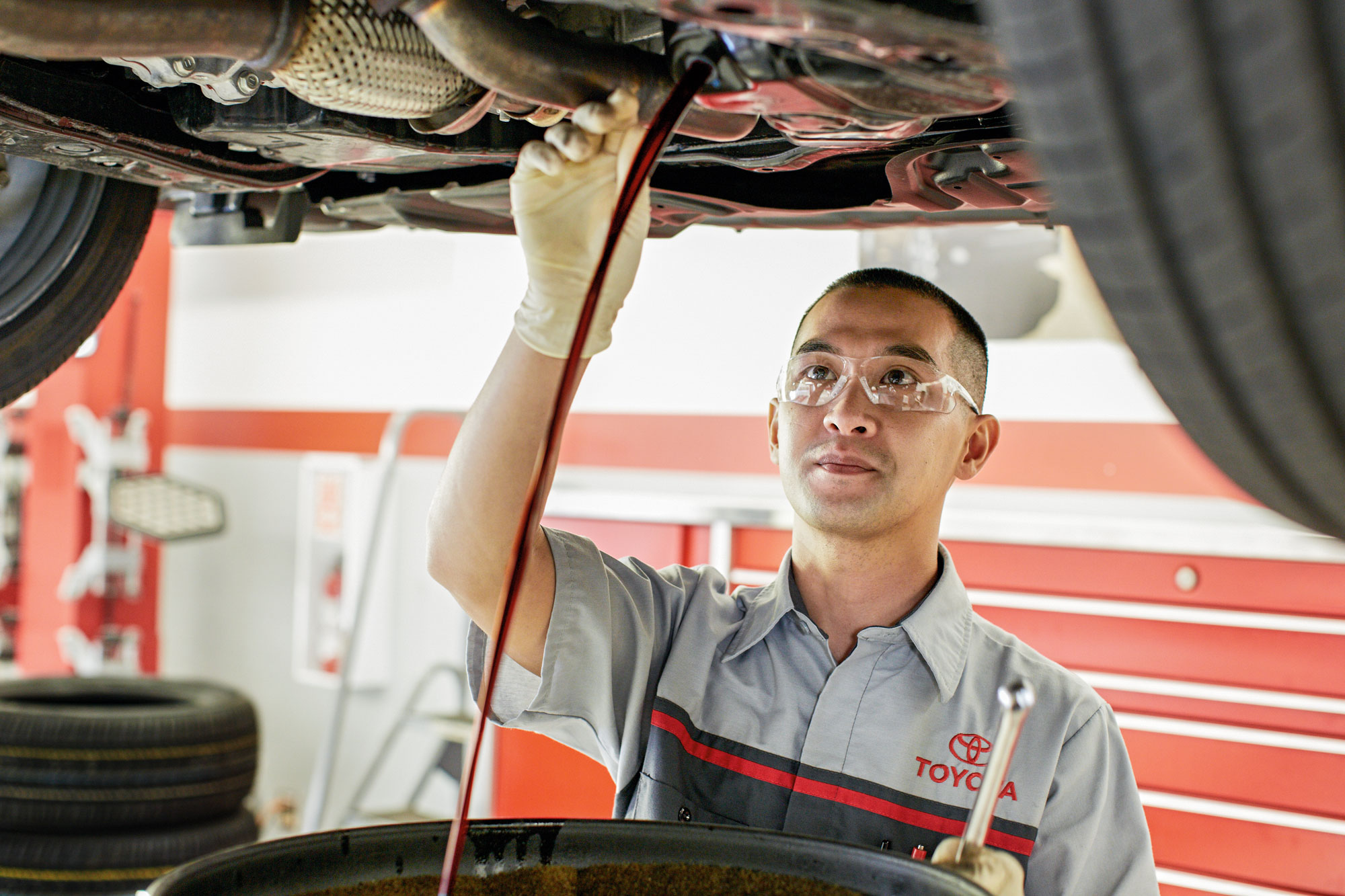 Toyota technician working at Toyota Chula Vista's service center