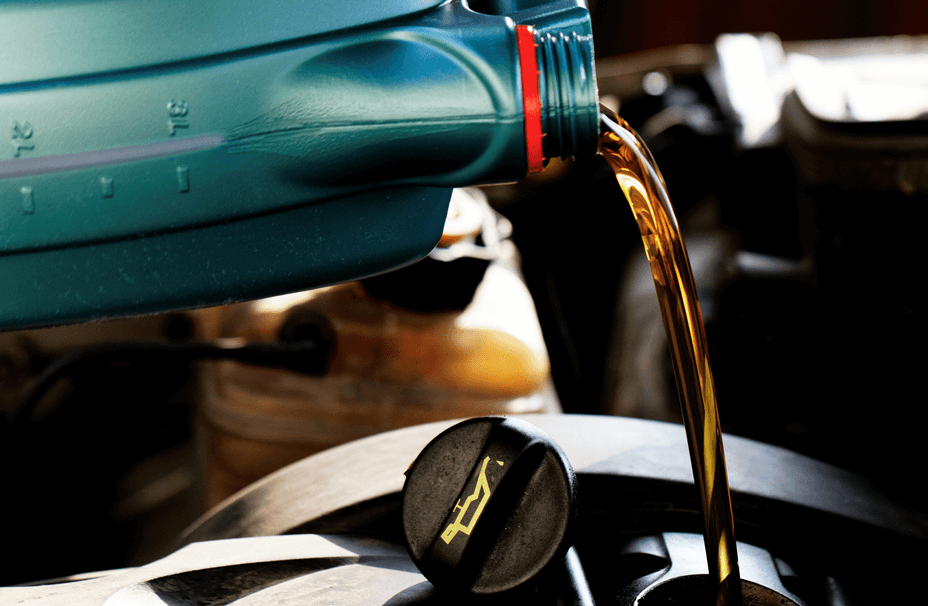 Engine Oil Pouring