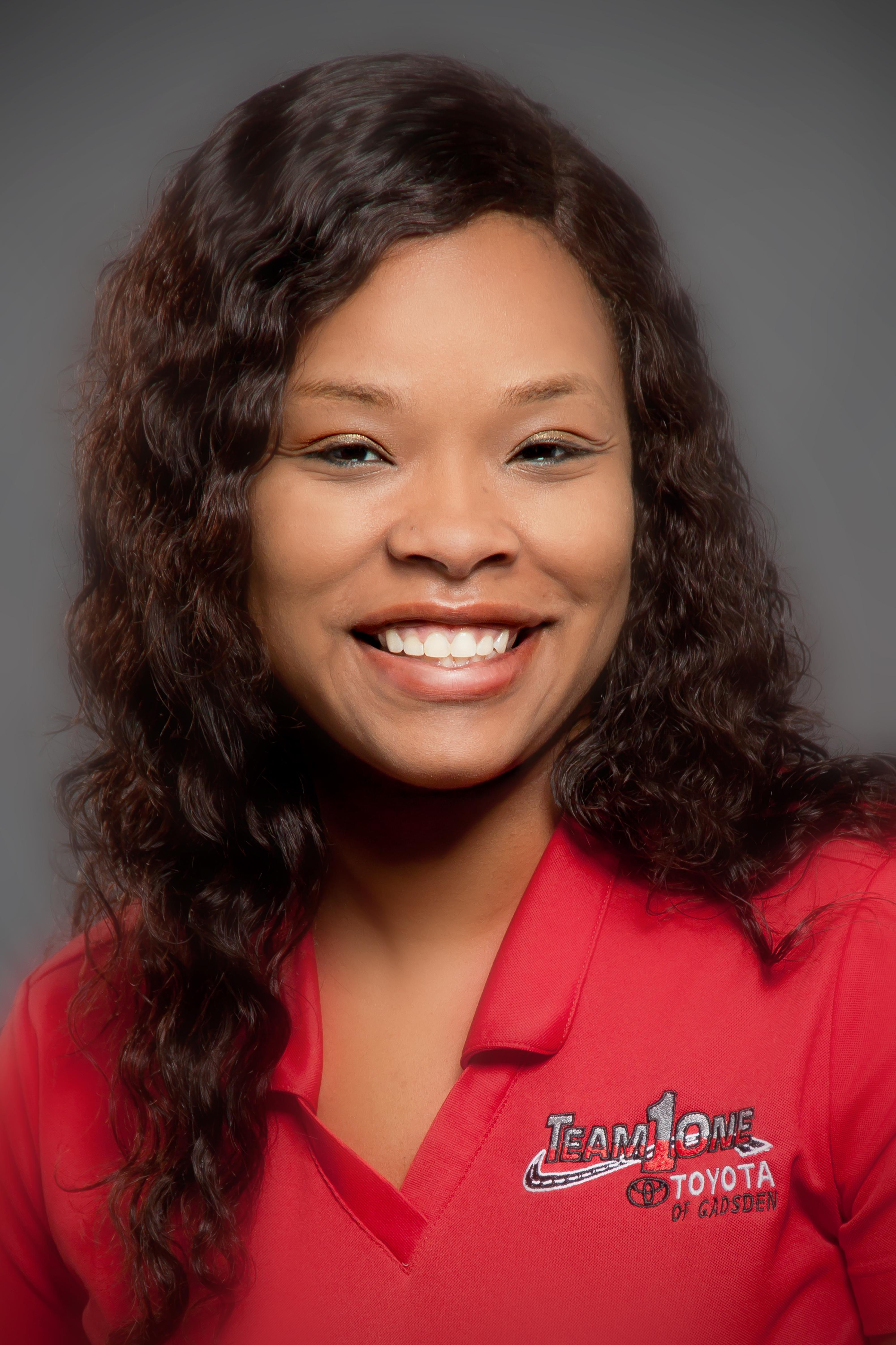 Nicole Bothwell Bio Image