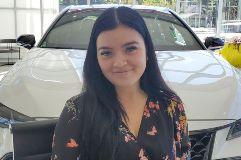 Lindsay Thureson Bio Image