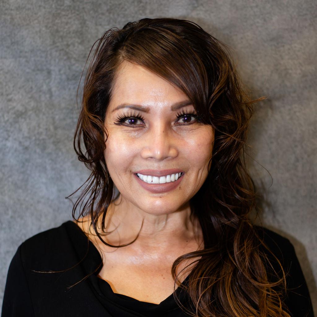 Linda Dang Bio Image