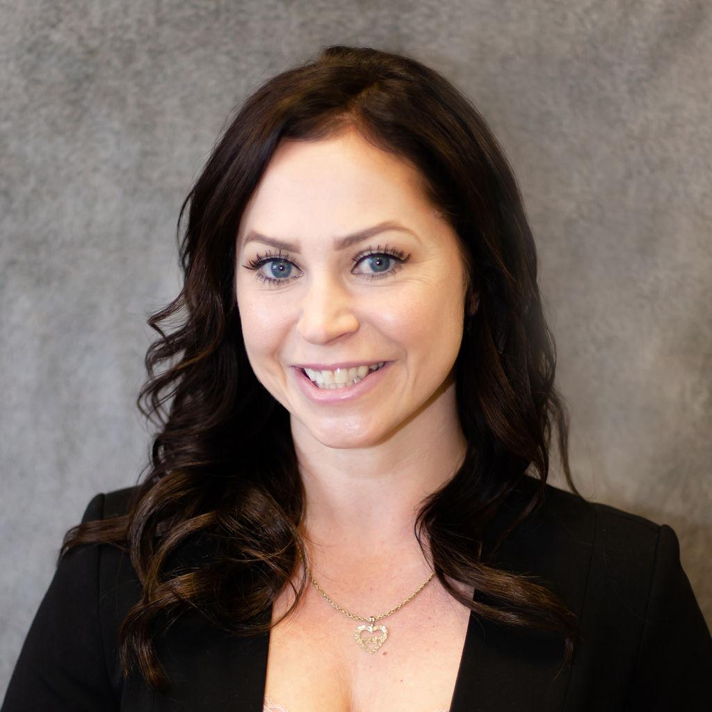 Jennifer Mitchell Bio Image