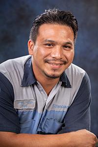 Elias  Olmos Bio Image