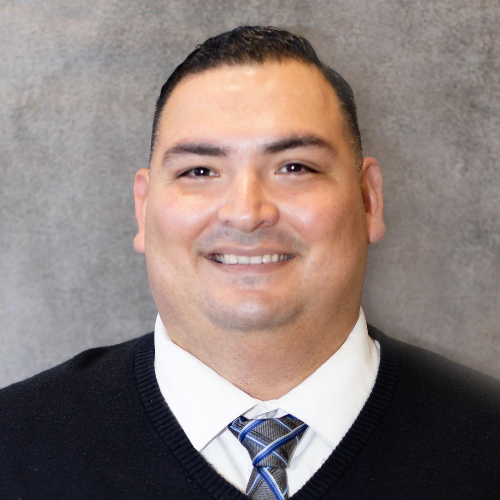 Carlos Robles Bio Image