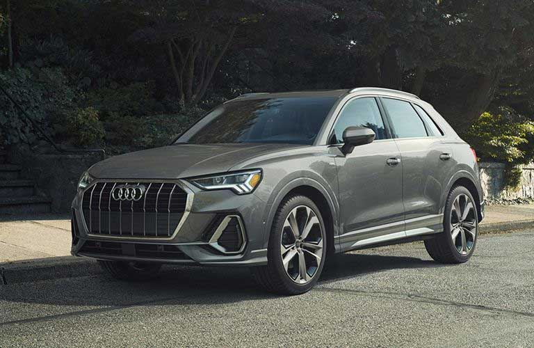 2020 Audi Q3 silver front sideview