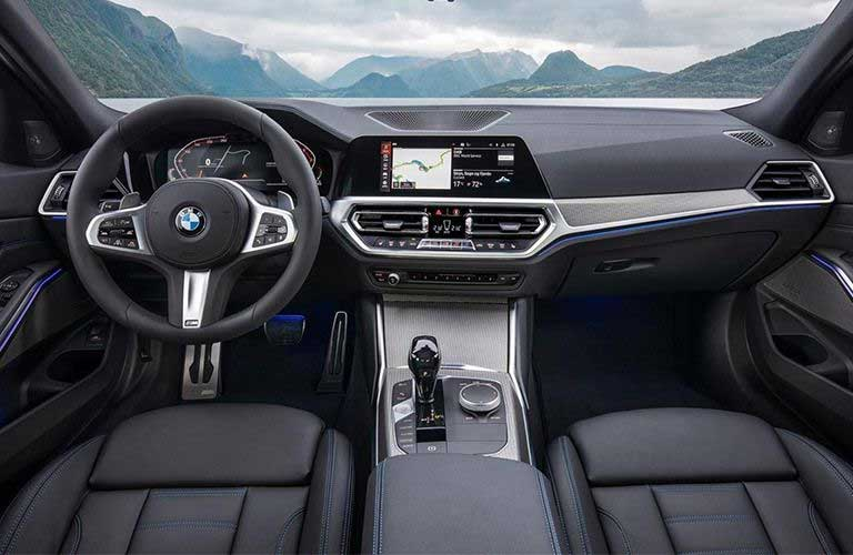 Front row interior inside the 2019 BMW 3 Series