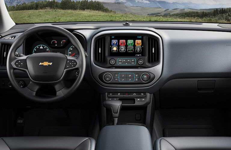 Chevy Colorado dashboard and steering wheel