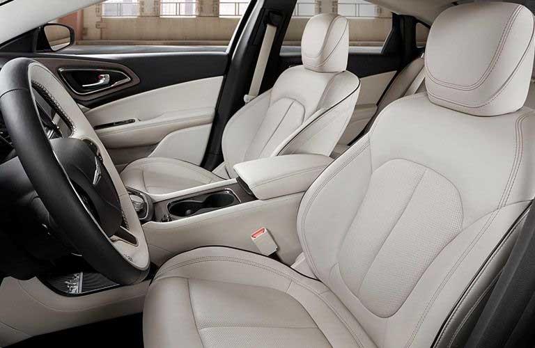 Chrysler 200 front passenger seats
