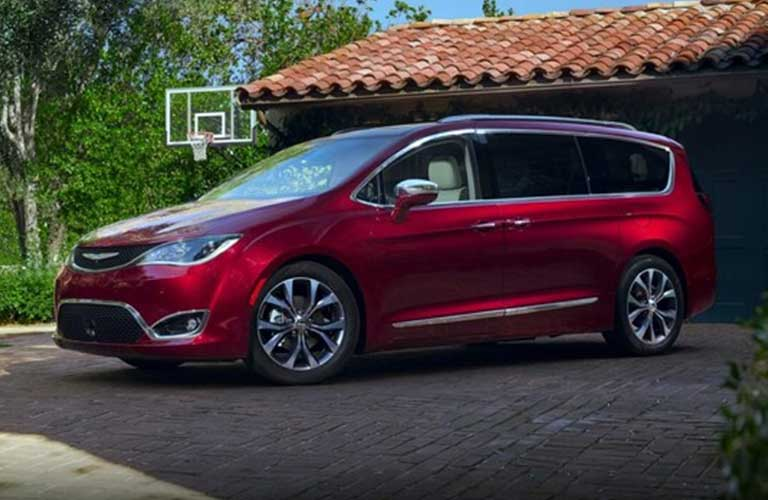 Chrysler Pacifica side profile