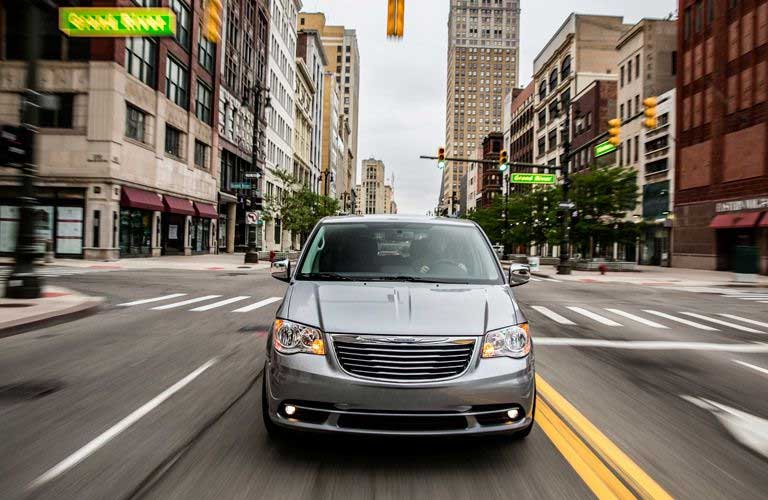 Chrysler Town & Country front profile
