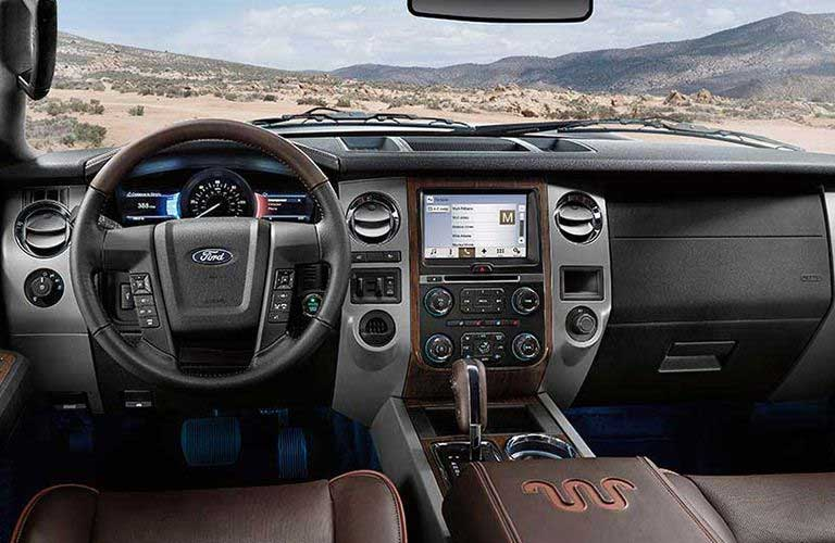 Ford Expedition dashboard features