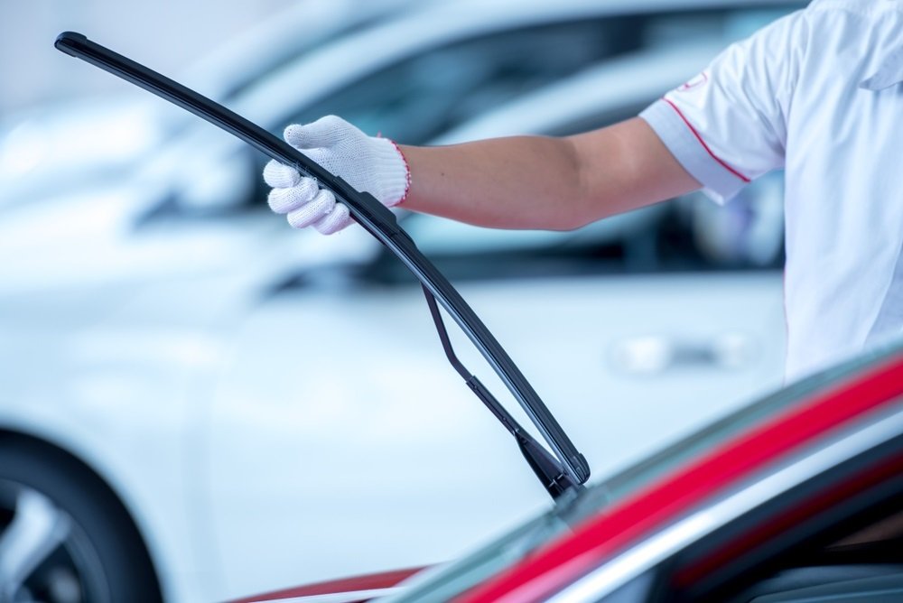 Windshield Wiper Blade Replacement Near Me