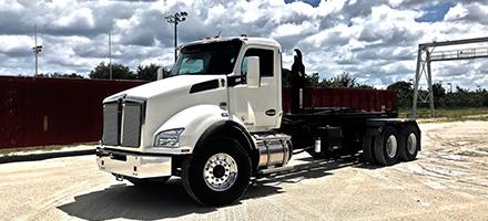 Hook Lift Trash Trucks
