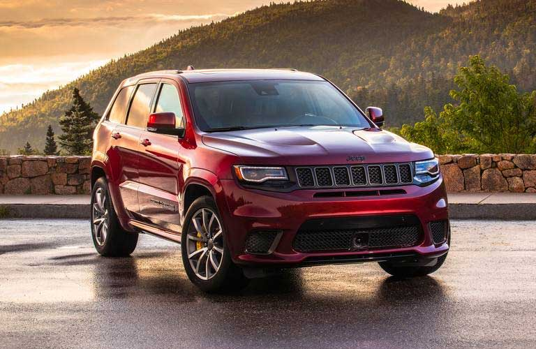 Jeep Grand Cherokee front profile