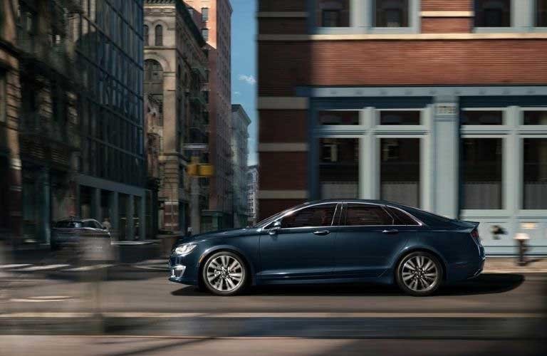 2020 Lincoln MKZ profile