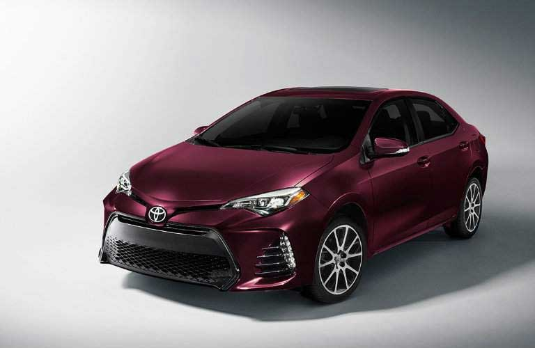 2017 Toyota Corolla front grille and driver's side profile