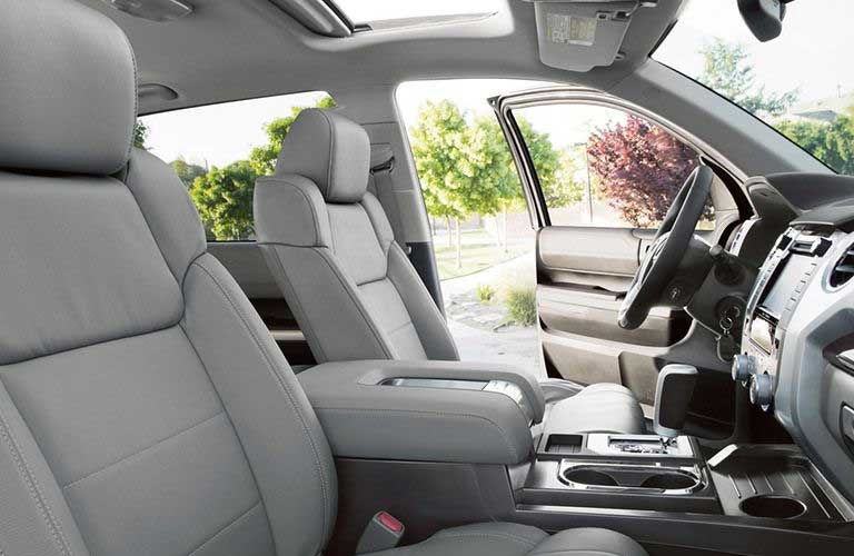 Toyota Tundra dashboard and steering wheel