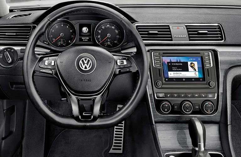 Volkswagen Passat dashboard features