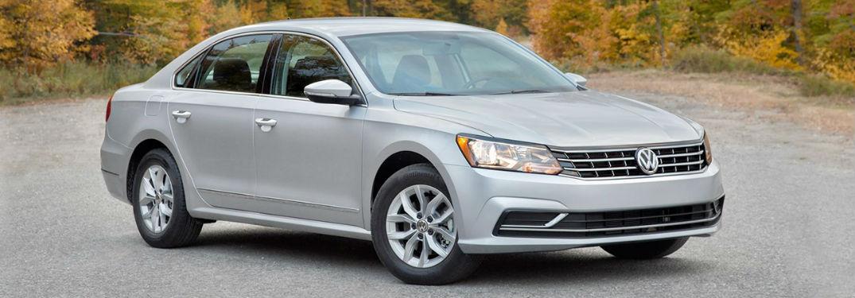 What is the Fuel Economy Rating of the Volkswagen Passat?