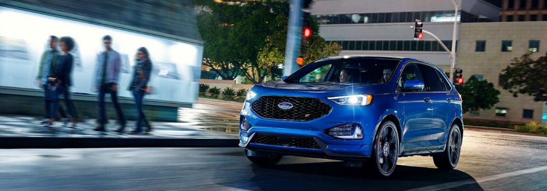 Ford Edge driving on a city street
