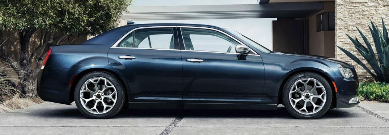 Chrysler 300 side profile