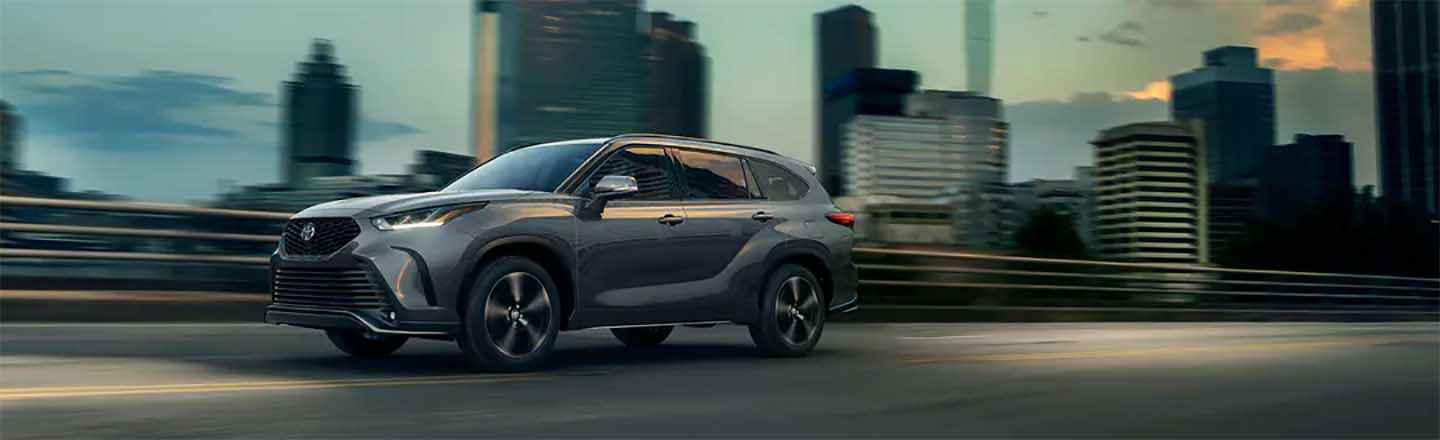 Experience the 2021 Toyota Highlander At Our Paducah, KY, Car Dealer