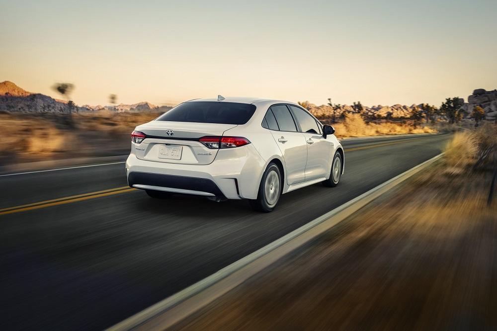 2021 Toyota Corolla Hybrid Driving