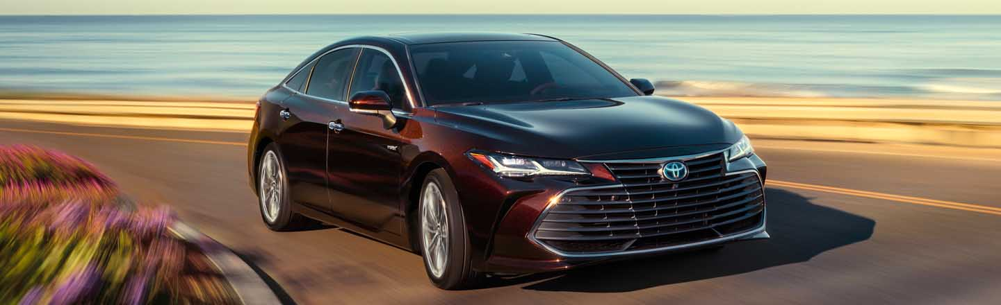 Experience the 2021 Toyota Avalon Hybrid At Our Paducah, KY, Car Dealer